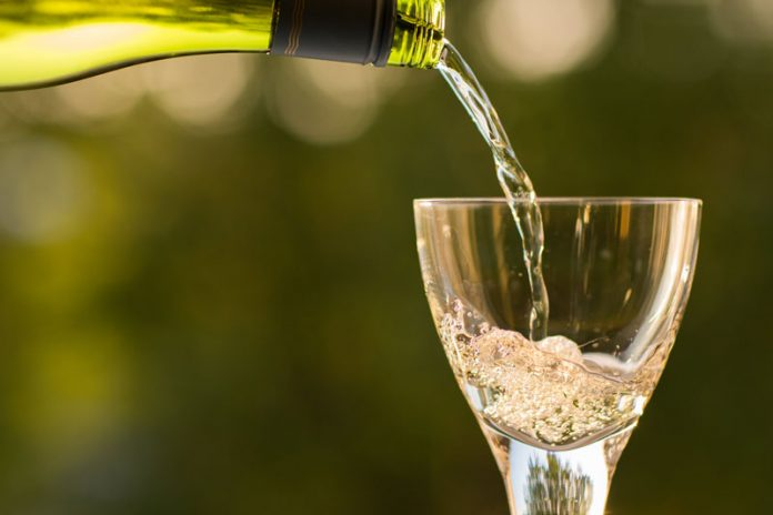 The sparkling wine flows at Flag Hill's Brunch and Bubbles event.